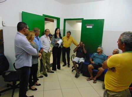 Trabalhadores do ramo de extração de areia no Município vão à Câmara obterem informações para legalização de suas atividades.