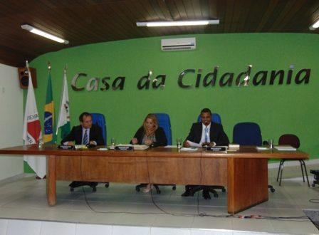 Câmara inicia os trabalhos em Plenário com a realização da primeira sessão ordinária.